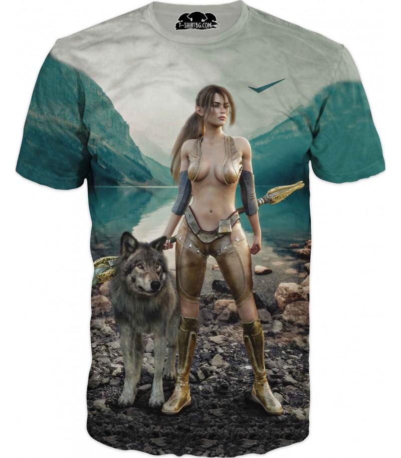 Забавна тениска - жена с вълк